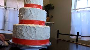 How To Make A Wedding Cake Learn Level Fill Stack And Frost Part 3 At Hollysbakery