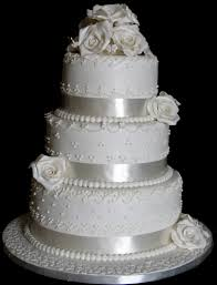Pretty White Wedding Cakes Credit Beautiful With Bling