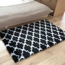 marokkanischen spalier bereich flauschigen teppich shaggy nacht boden matte wohnzimmer teppich schwarz und weiß faux pelz hause schlafzimmer haarigen