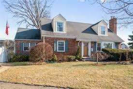 100 Houses For Sale Merrick 50 Union Dr N NY MLS 3103856 Alexander Madison