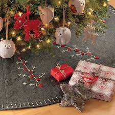 Seashell Christmas Tree Skirt by 9 Best Christmas Tree Skirts Images On Pinterest Felting