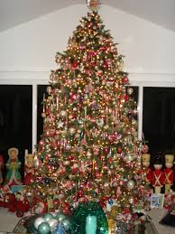 Live 10 Foot Tree In Family Room All Antique Ornaments
