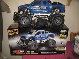 New Bright 60889 Ford Raptor Radio Controlled Monster Truck Boxed ... New Bright Monster Jam Radio Control And Ndash Grave Digger Remote Truck G V Rc Car Jams Amazoncom 124 Colors May Vary Gizmo Toy 18 Rc Ff Pro Scorpion 128v Battery Rb Grave Digger 115 Scalefreaky Review All Chrome Scale Mega Blast Trucks Triangle By Youtube 1530 Pops Toys New Bright Big For Monster Extreme Industrial Co