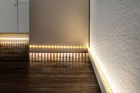 wohnräume verwandeln mit led stripes und lichtleisten