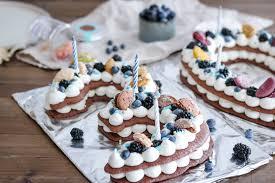 rezept für einen number cake laktosefrei vegan möglich