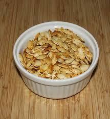Toasting Pumpkin Seeds In Microwave by Roasted Pumpkin Seeds συνταγή σπιτικό κολοκύθες και παιδί