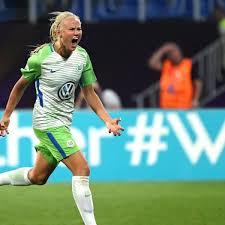 FrauenBundesliga KopfanKopfRennen Zwischen Wolfsburg Und Bayern
