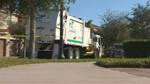 Orlando: Man Killed By Garbage Truck While Walking Dog | WFTV