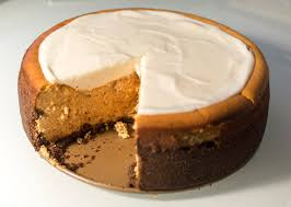 Gingersnap Pumpkin Pie Cheesecake by Pumpkin Cheesecake With Marshmallow Sour Cream Topping And
