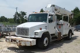 100 Derrick Trucks 2003 Freightliner FL80 Digger Derrick Truck Item K3272 S