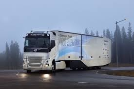 "Volvo Trucks"" Išbando Hibridinius Sunkvežimius 