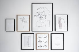 bilderwand gestalten minimalistische ideen fürs wohnzimmer