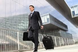 vendeur en prêt à porter salaire études rôle compétences