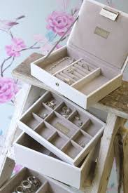 25+ Unique White Jewelry Box Ideas On Pinterest | Vintage Jewelry ... 25 Cute Travel Jewelry Box Ideas On Pinterest Jewellery Bedroom Amazing Girls White Jewelry Boxes Standing Mirror Pottery Barn Andover Tall Box Ufafokuscom Monique Lhuillier Style Guru Fashion Glitz Pebble Leather With Purple Suede Interior 3820 New Large Dresser Unique Glass Jewellery Nib Josie Mirrored Medium Interior Faedaworkscom