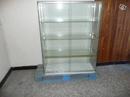 vitrine d exposition occasion vitrine tout verre avec serrure toute démontable occasion