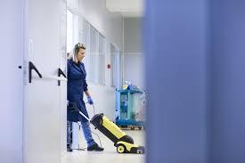 emploi nettoyage bureau les métiers de la propreté orientation pour tous