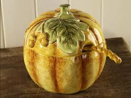 Pumpkin Soup Tureen And Bowls by 125 Best Soup Tureens Images On Pinterest Ancient China Boat