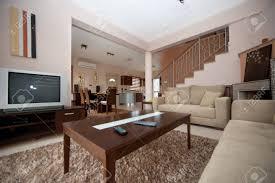 wohnzimmer braun und weiß esszimmer küche und wohnzimmer