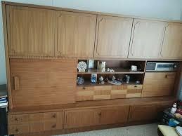 wohnzimmer schrank schrankwand echtholz
