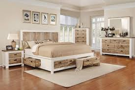 Western 5 Piece King Bedroom Set with 32