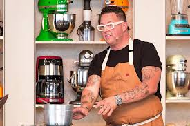 Halloween Wars Judges Names by Get To Know Top Chef U0027s Newest Judge Graham Elliot Top Chef Photos