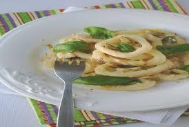 comment cuisiner des poireaux comment cuisiner le poireau hostelo