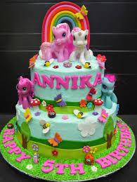 Cupcake Divinity Annika s Little pony cake
