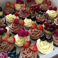 Cakes Decorated With Fruit by 219 Best Fruit Cake Decorations Images On Pinterest Cake