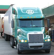 Truck Driving: Truck Driving With Paid Training