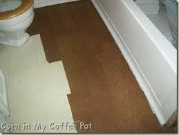 Tiling A Bathroom Floor On Plywood by Diy Paper Bag Flooring Looks Similar To A Wood Floor When Cut
