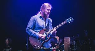 Moe.'s Al Schnier Joins Tedeschi Trucks Band For Derek & The Dominos ...