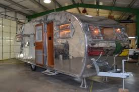 104 Restored Travel Trailers Vintage Trailer Restoration Not For The Faint Of Heart Rvshare Com