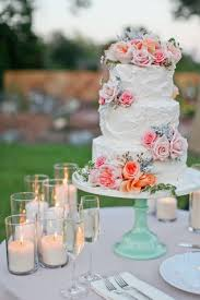 Fabulous Spring Wedding Cakes That You ll Love