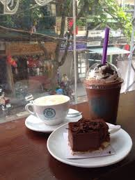 Happy Coffee Bean Caramel Macchiato Cockie Frappe And Chocolate Mousse Upstairs