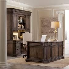 Office Furniture Arrangement Tips