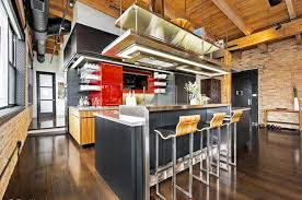 104 All Chicago Lofts Three Of The Loftiest Timber For Sale Curbed