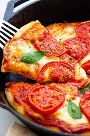 100 Golden Crust Margherita Pizza