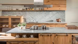 reinigung der naturstein küchenarbeitsplatte
