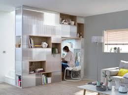 sous bureau comment réaliser un bureau encastré sous un escalier leroy merlin