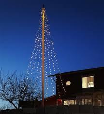 Flagpole Christmas Tree Uk by The 25 Best Flagpole Lighting Ideas On Pinterest Flag Pole
