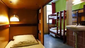 chambre de jeunesse comment se loger moins cher pour les vacances