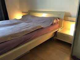schlafzimmer kleiderschrank und bett musterring in
