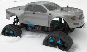 100 Trucks In Snow RC Track Truck Brushess Electric 110 PRO LIPO 24G 4WD 01054