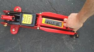 floorjack central hydraulics 2 ton floor jack harbor freight