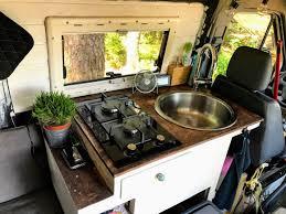 wohnmobil küche schöne und praktische beispiele cerclan