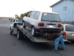 Tow Truck Scams And How To Avoid Them - Zingani Collision