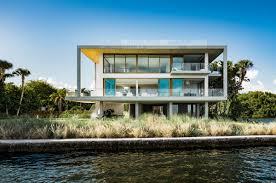 100 Miami Modern Villa Is A Concrete Oasis Builder Magazine