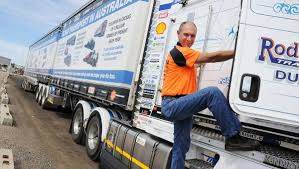 100 Correct Truck And Trailer TRUCK WEEK Tips For Caravanners And Correct Headlight Use Daily