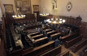 cour d assise definition pour juger un accusé en absence le procès par défaut 08