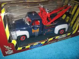 100 Ford Tow Trucks Road Legends Yatming 1953 F100 Truck Diecast Car Model 118